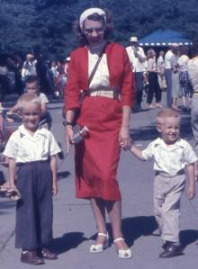 1956JULY_ShirleyWayneRuss_BrookfieldZoo-cropped
