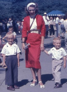 1956JULY_ShirleyWayneRuss_BrookfieldZoo-cropped